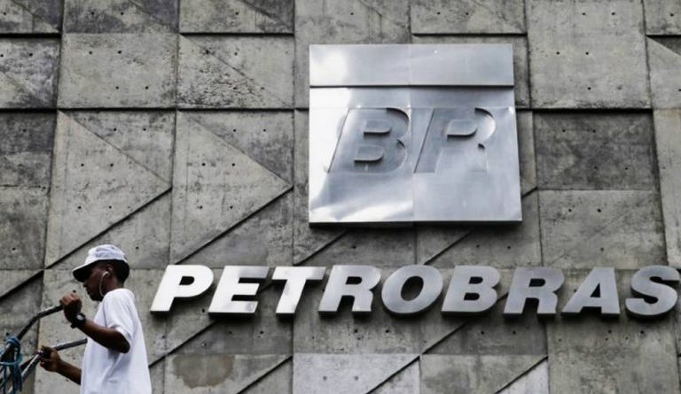Pesquisa revela que sete em cada dez brasileiros são contra as privatizações