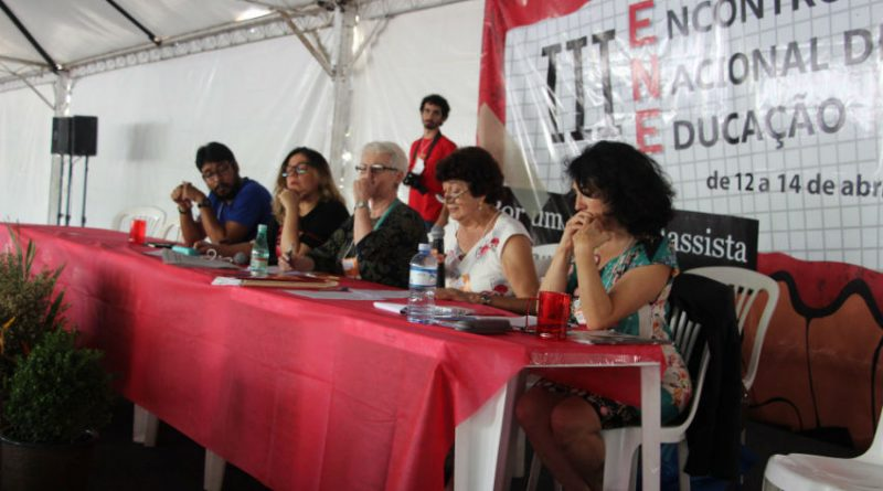 III ENE debate lutas em defesa da educação pública