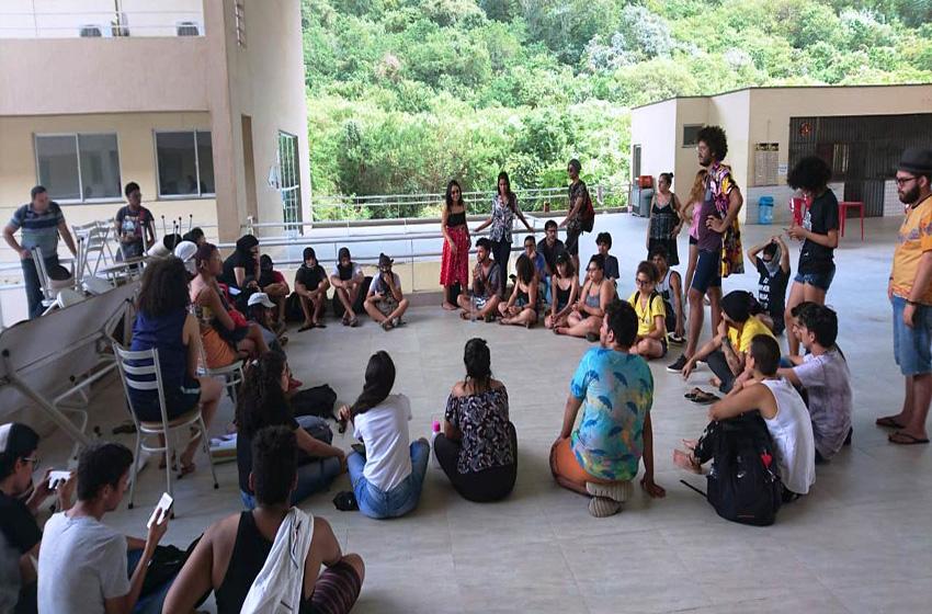 Estudantes ocupam Campus da Unilab após cancelamento de vestibular para transgêneros e intersexuais