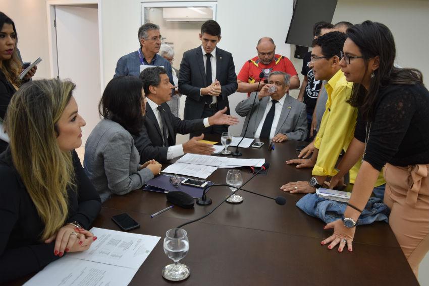 Reunião da CCJ da Assembleia para analisar projeto que descongela salários e progressões é adiada para segunda (21/09)
