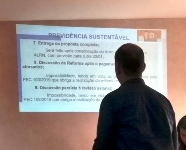 Governo do RN insiste em reforma que penaliza servidores públicos estaduais