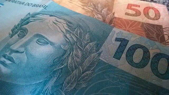 Pesquisa revela que 60% dos reajustes salariais desse ano ficaram abaixo da inflação