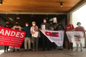 Manifestantes vão ao CNE pedir revogação de diretrizes curriculares nacionais da Educação Física
